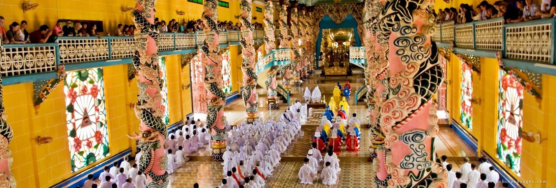 Cu Chi Tunnels & Cao Dai Temple Day Tour