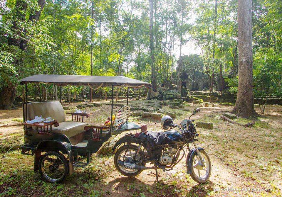 tuktuk_breakfast in siem reap