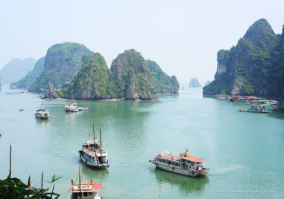 discover-halong-bay-tour