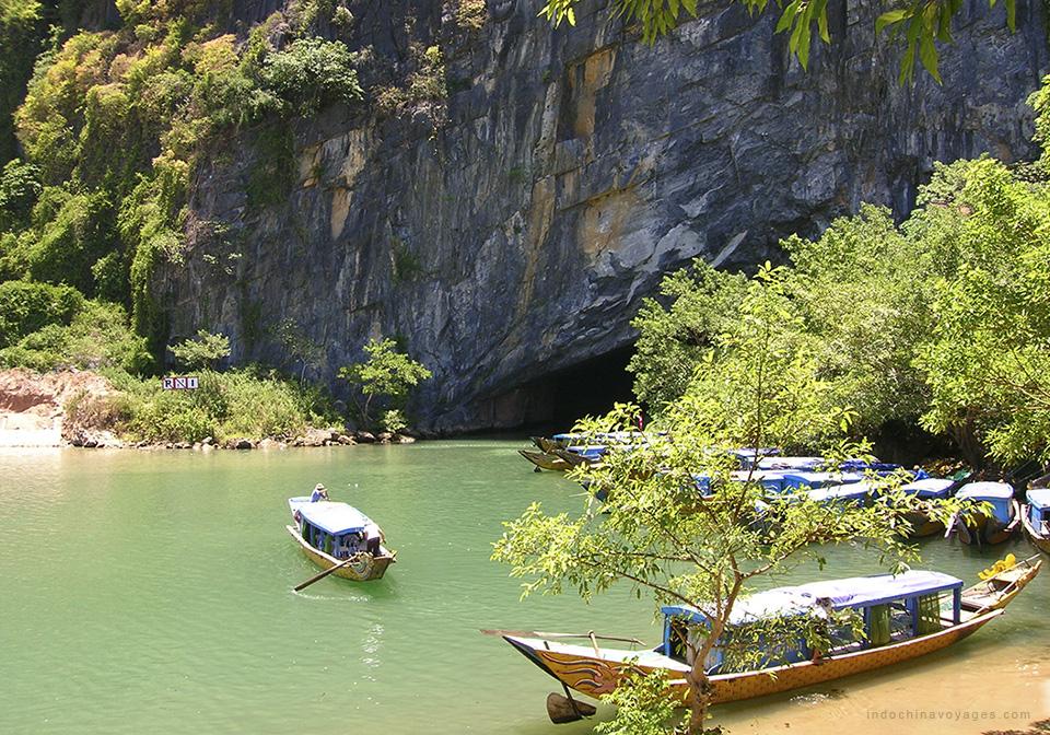 Phong Nha – Ke Bang Discovery 3 Days 1