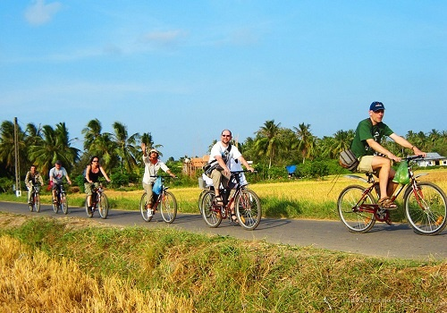 Cycle the Highlights of Mekong 4 days
