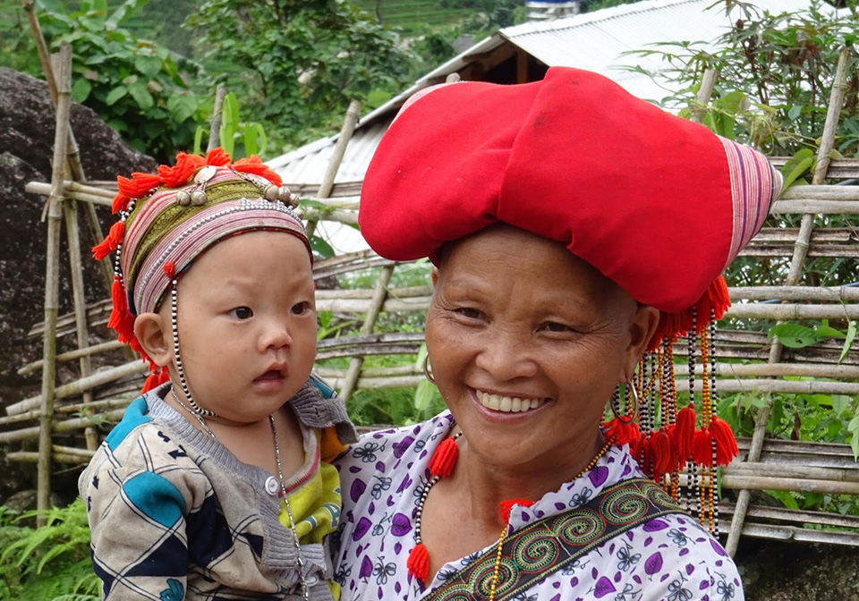 Red Dao people