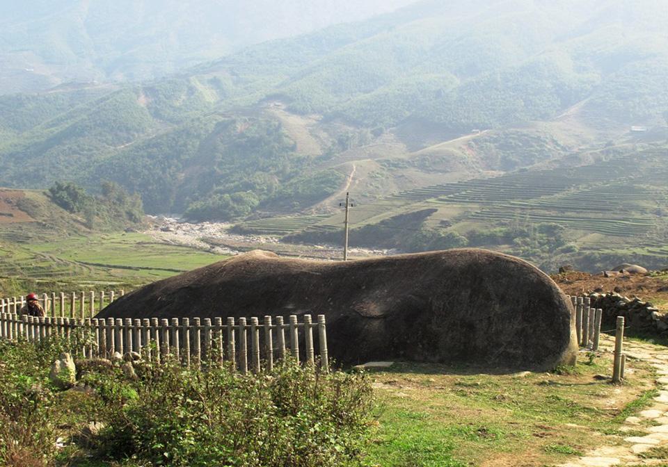 Sapa ancient rock
